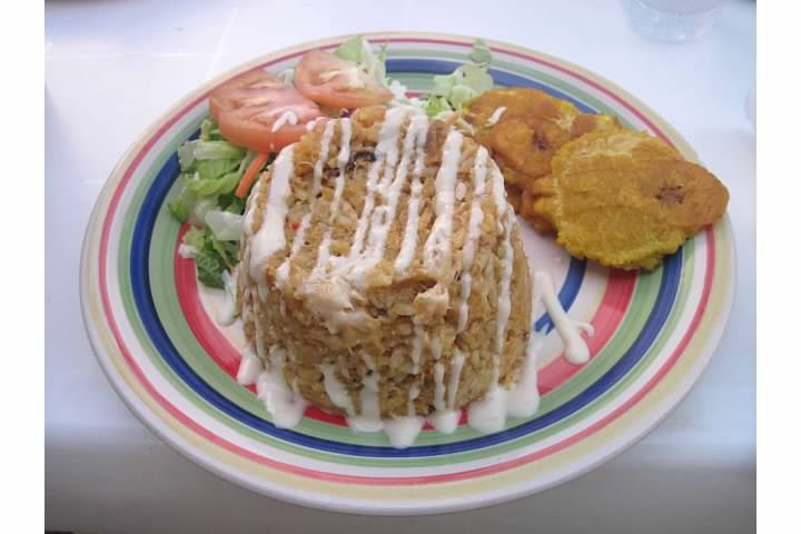Nuevo Acario meal - local crab, rice, and plantains