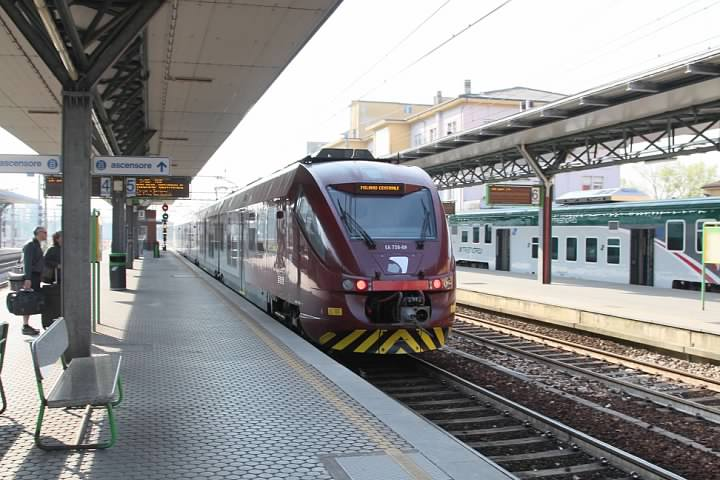 Malpensa Express at Saronno