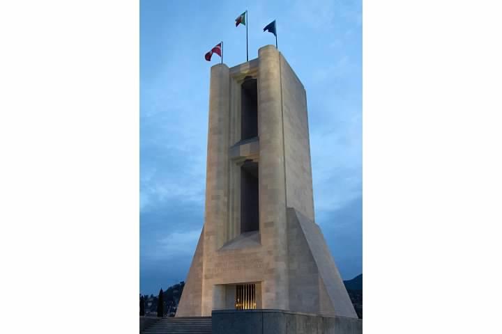 Como War Memorial