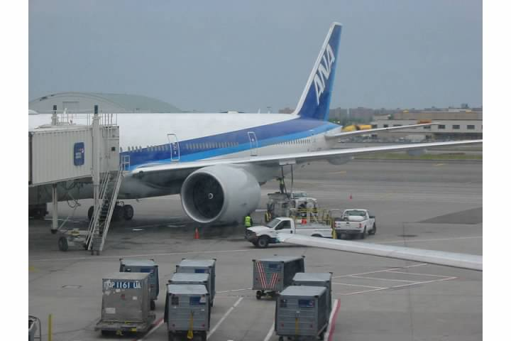 ANA Boeing 777 at JFK. Lowell Silverman photography, 2005