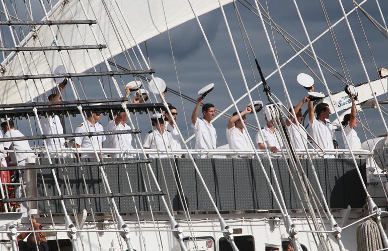 Portugese sailors bidding farewell to Philadelphia