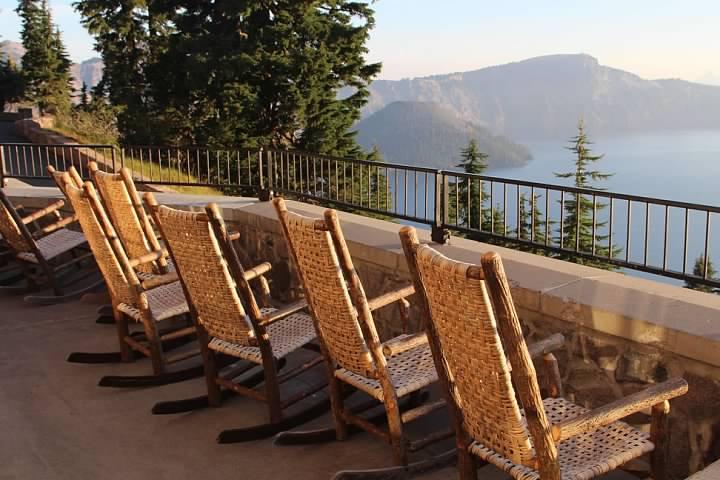 Morning at Crater Lake Lodge