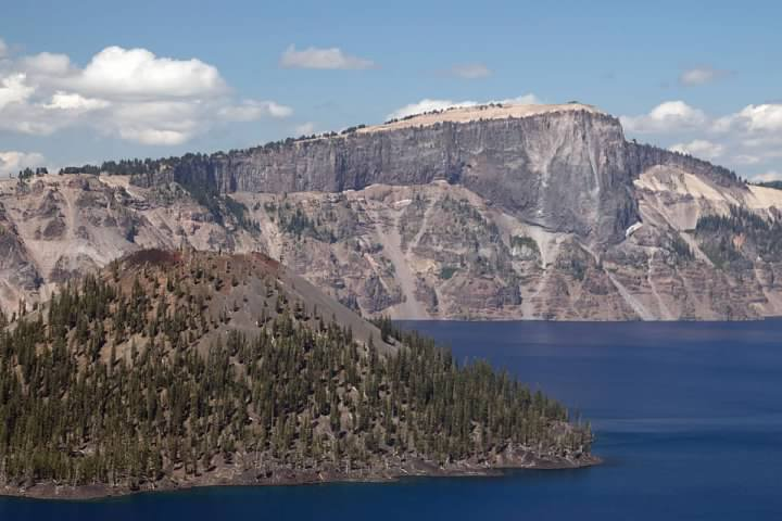 A slightly hazy day at Crater Lake, with Wizard Island at left