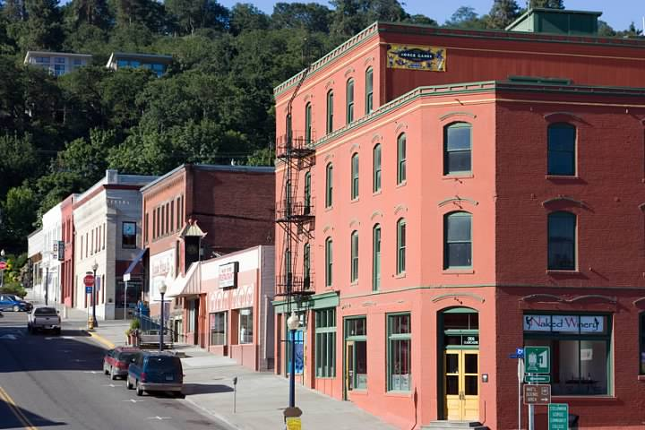 Hood River, OR. Lowell Silverman photography, 2008