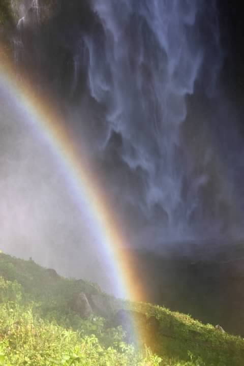 Rainbow at Multnomah falls in 2008