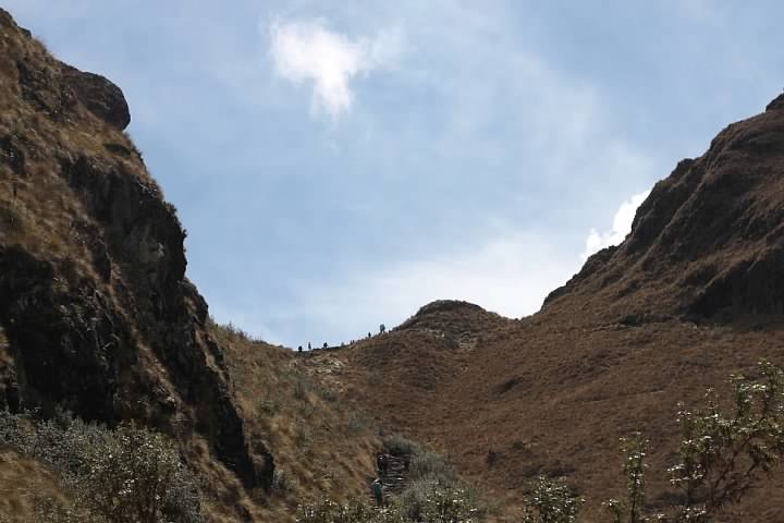 View up to Dead Woman Pass