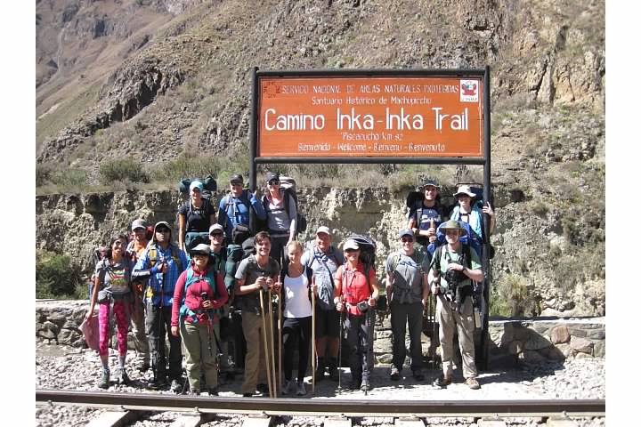 Peru Treks group. Photo by Percy or Yaneth
