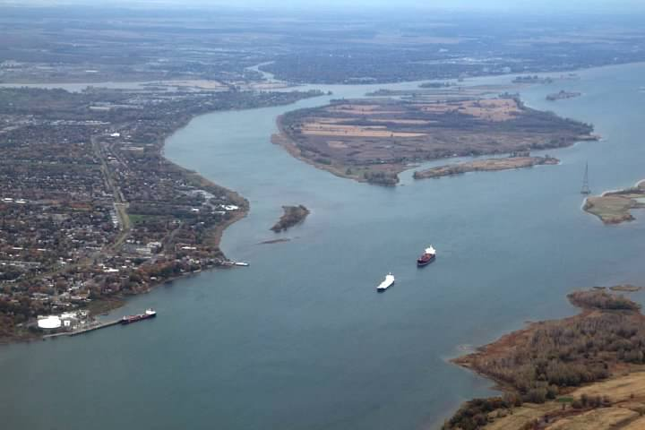 Île Sainte-Thérèse in the Saint Lawrence River, taken just prior to landing at YUL