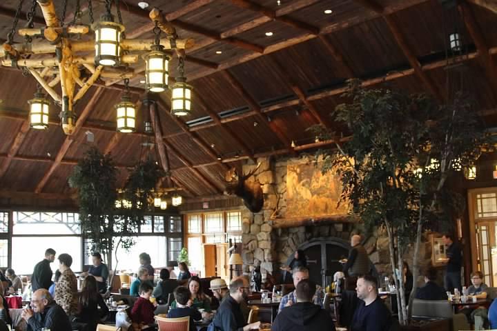 Bear Mountain Inn interior