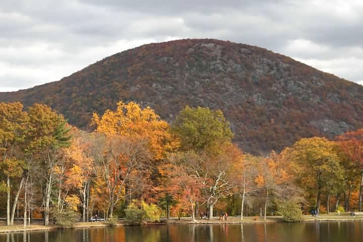 20 Hessian Lake
