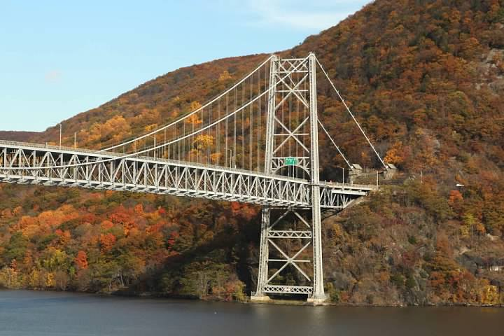 Bear Mountain Bridge (US-202/US-6)