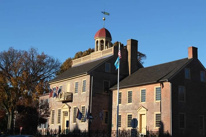 New Castle Courthouse was built in 1730 and is a part of the First State National Historic Park. 4 November 2015