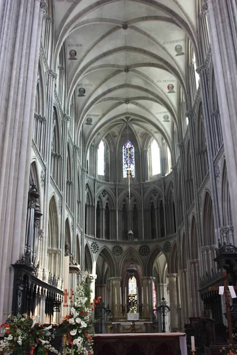 Bayeux Interior