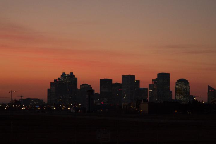 1a-Edmonton-Skyline