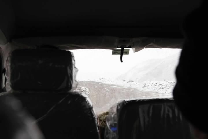 1 Snowy Van