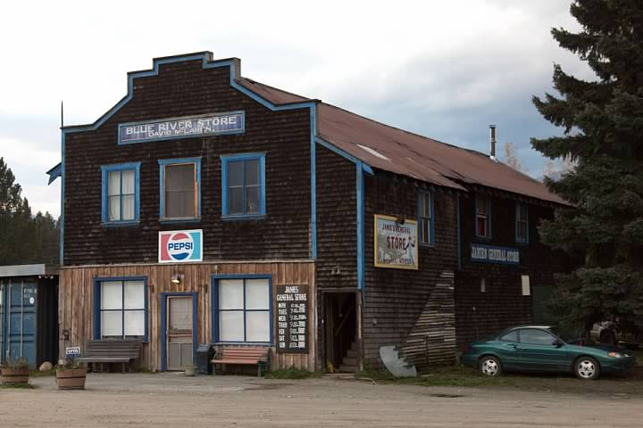 12 Blue River Store