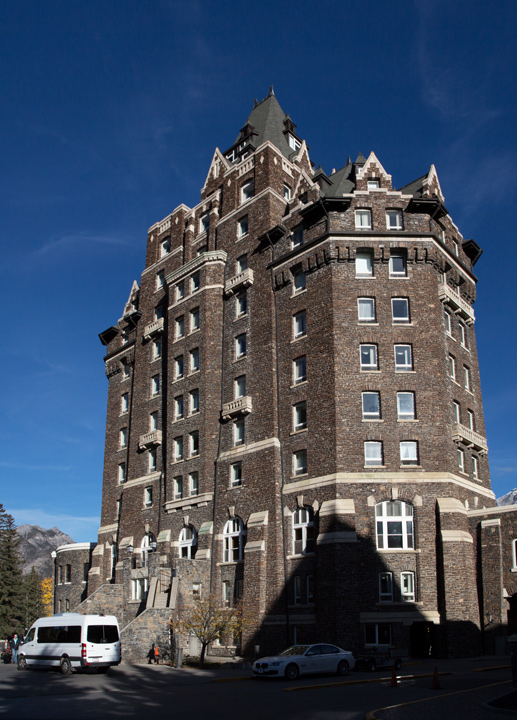 720Banff-Springs-Hotel-Panorama