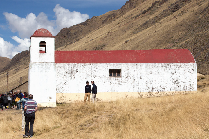AndeanExplorerLa-Raya-chapel