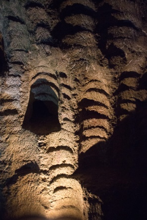 IMG_2558-raw-conv-Cave-of-Hercules